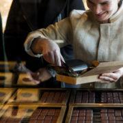 Le Chocolat Alain Ducasse à Londres – F&S s'est rendu sur place: «Travailler le chocolat exige précision, méticulosité et perfection»