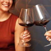 » Allez demander un verre de bon vin en boîte de nuit, vous verrez ce que l'on va vous répondre … » – Le vin est il un alcool fort ?