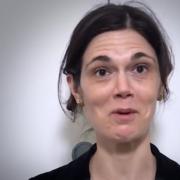Emmanuelle Maisonneuve – Elle a été durant 4 ans inspectrice pour le guide Michelin, elle explique son expérience en video