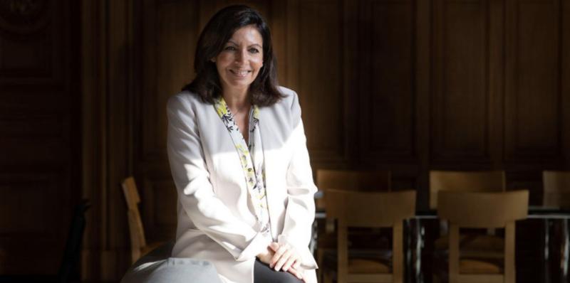 Anne Hidalgo Maire De Paris Annonce Une Action Electrochoc Contre Paris
