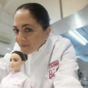 Quand la chef italienne Rosanna Marziale découvre la poupée Barbie à son effigie