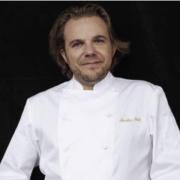 C'est Off … # 181 – Hélène Darroze pas sûre de rempiler sur Top Chef, le menu du chef Bacquié pour Xi Jinping, Nicolas Sale 4 ans au Ritz Paris, …