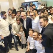 Les Grands Chefs Italiens rendent hommage au chef Alain Ducasse au Identità Golose