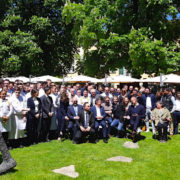 Le magazine » Le Coeur des Chefs » réunit les chefs de Provence autour d'Alain Ducasse pour les 20 ans de L'Hostellerie de L'Abbaye de la Celle