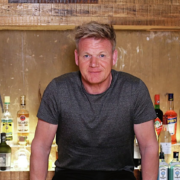 Après un changement de stratégie le chef Gordon Ramsay la société d'exploration de ses restaurants renoue avec les bénéfices