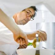 Olivier Roellinger appelle les Français à résister aux produits à » contre-saison » commencez par stopper la tomate-mozza en hiver