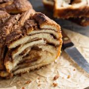 Connaissez vous le Bakka, le gâteau brioché dont Paris raffole en ce moment ?