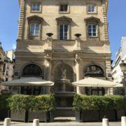 11 juillet – 10 heures – Gérard Depardieu vend aux enchères  grands crus et mobilier de La Fontaine Gaillon