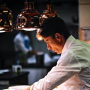 Brèves de Chefs – Les Airelles Collection ouvrent à Val D'Isère, Pierre Chirac en route vers La Scène, Pouliche ouverture des réservations, le salaire de Norbert Tarayre,…