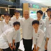 Le chef Thierry Marx ouvre sa première boulangerie à l'étranger – destination Japon toute !