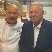 Scènes de Chefs – Georges Blanc à la Tour Eiffel, Jean-Georges à St-Barth, Pierre Gagnaire en mode cuisine maison, … suivez les chefs au bout du monde …