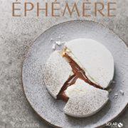Dans la hotte du Père Noël, le livre sucré de Yann Couvreur – Ephémère