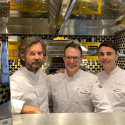 Brèves de Chefs – 50 chefs à Taste of Paris, les Bocuse d'Or pour l'Italie, Vincent Crépel cuisine au restaurant Antoine, Nicolas Decherchi  recrute, Charles Coulombeau remporte le Taittinger
