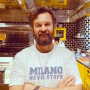 Carlo Cracco en appelle à la solidarité – » En ces jours d'incertitudes, il y a aussi un Milan qui n'abandonne pas» –