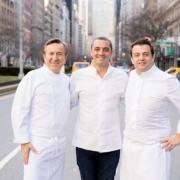 Julien Royer et Alexandre Gauthier cuisinaient hier à New York chez Daniel Boulud pour City Meals