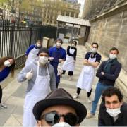 L'artiste JR et l'organisation du Reffetorio Paris Madeleine vont servir 500 repas par jours aux SDF