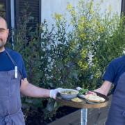 Au Noma à Copenhague, les équipiers cuisinent les uns pour les autres