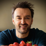 Cyril Lignac – ultime semaine de diffusion de «Tous en cuisine» … profitez-en
