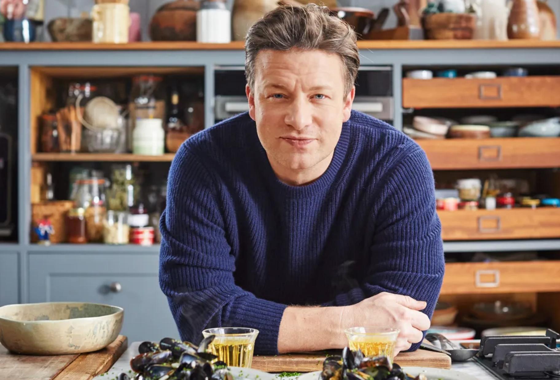 Jamie Oliver renaît de ses cendres et sort un nouveau livre - Food & Sens