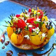 Dans le potager de La Chassagnette en Arles – cuisine croisée entre le chef Armand Arnal & Sylvestre Wahid
