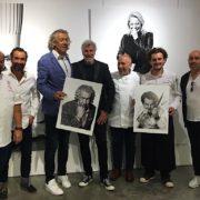 «Portraits» exposition de Stéphane de Bourgies «avec mes photos, je distribue du bonheur» – F&S l'a rencontré au Château de L'Hospitalet