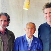Scènes de Chefs – Michel Sarran et Michel Roth à Roland Garros, Michel Guérard à Marseille,  Gordon Ramsay fier de son fils, Cyril Lignac derrière la caméra, Daniel Boulud au front face à la pauvreté, ….