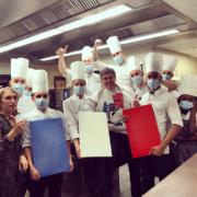 Scènes de Chefs – Les GTDM réunies autour de Marc Haeberlin, «Allez la France» avec Serge Vieira, Frédéric Thévenet et sa team, Alex Atala «on rouvre» !, ça glisse pour Christophe Aribert …