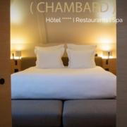 St Valentin chez Olivier  Nasti – Le restaurant Le Chambard est fermé mais le chef déborde d'idées pour accueillir les amoureux dans l'hôtel avec «Les Nuits gastronomiques»