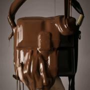 Le nouveau sac à main de chez Balmain se nomme «Chocolat»