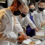 Scènes de Chefs – Ce n'est pas parce que c'est les vacances, que les chefs ne cuisinent pas ! – Grant Atchaz, Christophe Hay, Nicolas Lambert, Vincent Crépel, Jordi Cruz, …