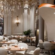 Le Groupe A. Ducasse Paris a annoncé aujourd'hui la fin de sa collaboration avec le palace Plaza Athénée Paris
