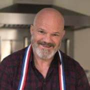 » Cuisinez bien accompagné » – Philippe Etchebest sort son nouveau livre de cuisine – 100 recettes traditionnelles à re-découvrir