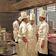 Hôtel de Ville à Crissier : Franck Giovannini est passé aux commandes des cuisines – parce que  » l'histoire ne doit pas s'arrêter là ! «