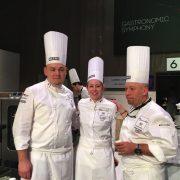 Toute la scène culinaire derrière le chef Laurent Lemal qui dispute aujourd'hui les épreuves du Bocuse D'Or Europe pour la France