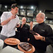 Joël Robuchon craque pour le chocolat … à Monaco il signe un bar à chocolat !