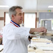 Frédéric Lalos – Interview – «De nombreuses personnes pensent encore qu'il suffit de mélanger de la farine, de l'eau et du sel pour faire du pain»