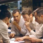 Immersion totale dans les cuisines de DISFRUTAR à Barcelone – Vidéo –