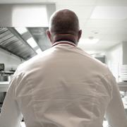 Philippe Etchebest pense à nouveau Gastronomie … à compter du 10 juillet il ouvre sa table d'hôte à Bordeaux