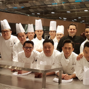 Hong Kong – Au Four Seasons le chef Guillaume Galliot fait son  – Caprice –