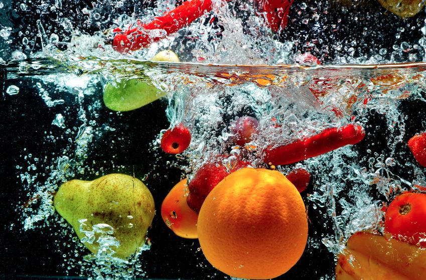 pesticides pour les liminer nettoyez vos fruits et l gumes dans de l 39 eau avec un pinc e de. Black Bedroom Furniture Sets. Home Design Ideas