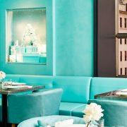 Breakfast at Tiffany's à NYC – un rêve ultime dans l'intensité du bleu