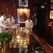 Londres: au Ralph's Coffee and Bar, le flagship Polo Ralph Lauren signe un bar cosy et charmant