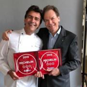 METRO remet les plaques Michelin aux nouveaux étoilés parisiens