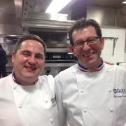 Dominique Toulousy et Benoît Carcenat – les deux chefs MOF qui veillent à la qualité culinaire de l'école Hôtelière Suisse de GLION
