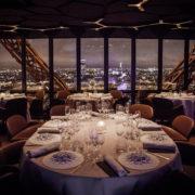 Tour Eiffel – Selon l'appel d'offres, le prochain exploitant des restaurants devra créer un jardin potager au sommet !