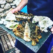 Hugo Roellinger et Mauro Colagreco ont cuisiné main dans la main face à la mer