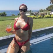 Brèves de Chefs – Marion Lefebvre à la piscine, Nobu et ses 38 restaurants, Vladimir Mukhin une star en son pays, Massimo Bottura et JR inséparables, …