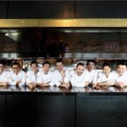 Scènes de chefs – Massimo Bottura au Madison Eleven Park, Alain Ducasse au Salon de l'Automobile, Nobu et Rimowa, …