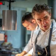 Jérôme Banctel – Suivez le chef dans les cuisines du restaurant Le Gabriel à Paris –
