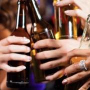 Bientôt un prix minimum pour l'alcool dans les lieux de fête ?